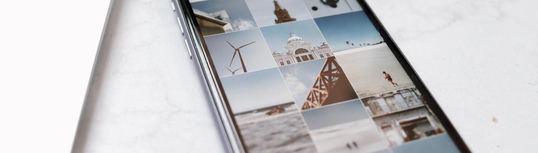 Fotografia d'un iPad amb fotos